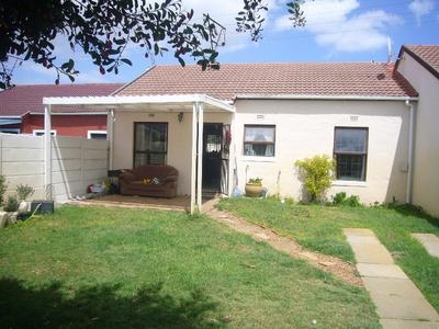 Property For Sale in Southfield, Cape Town