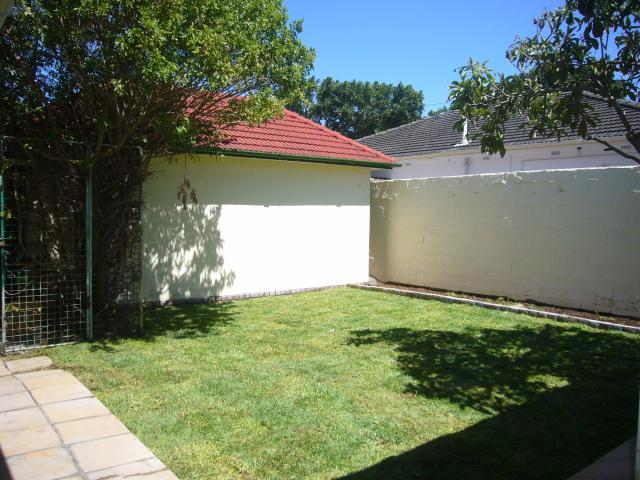 Property For Sale in Rondebosch, Cape Town 10