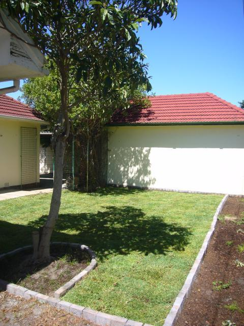 Property For Sale in Rondebosch, Cape Town 13