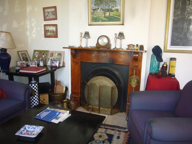 Cottage For Sale in Claremont Village, Cape Town