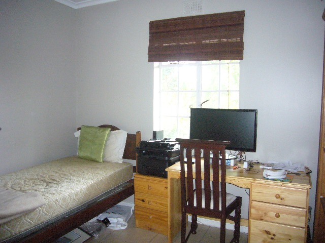 Townhouse For Sale in Kenilworth, Cape Town