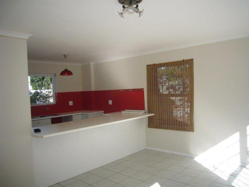 Property For Sale in Wynberg, Cape Town 10