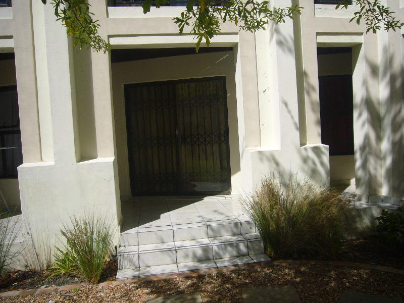 Property For Sale in Rondebosch, Cape Town 5
