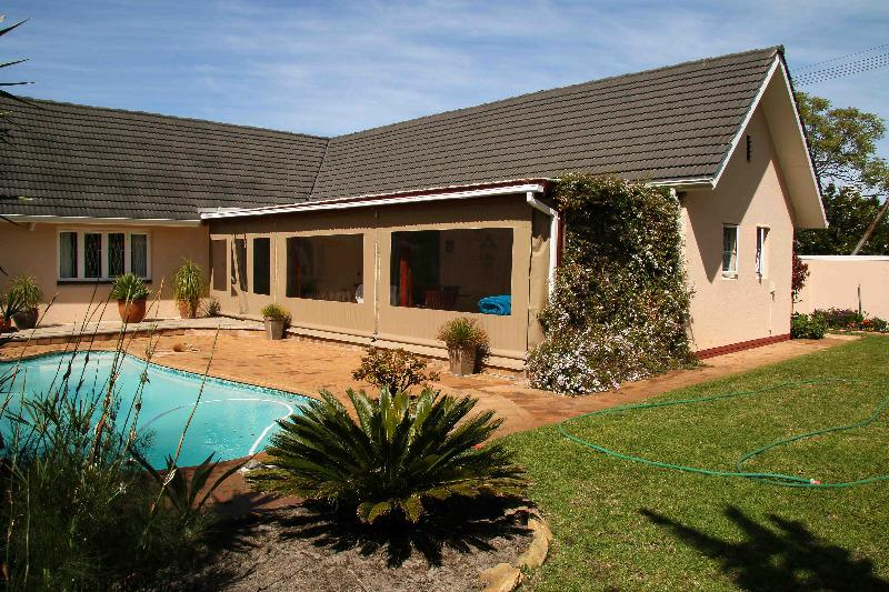 Property For Sale in Bergvliet, Cape Town 16