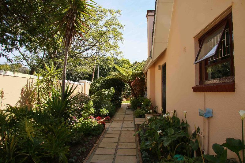 Property For Sale in Bergvliet, Cape Town 22