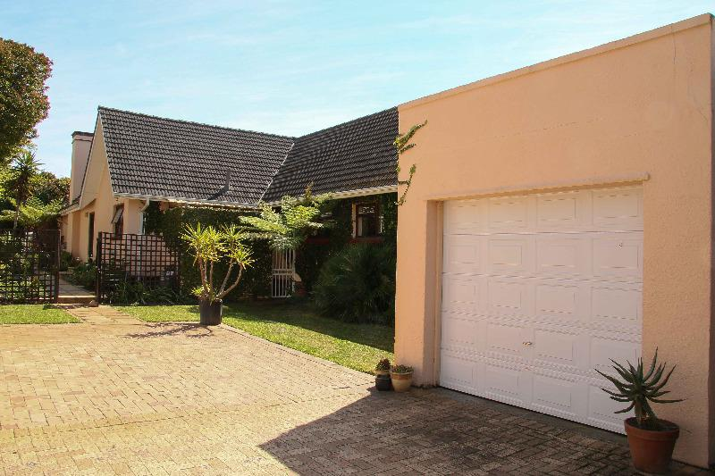 Property For Sale in Bergvliet, Cape Town 23