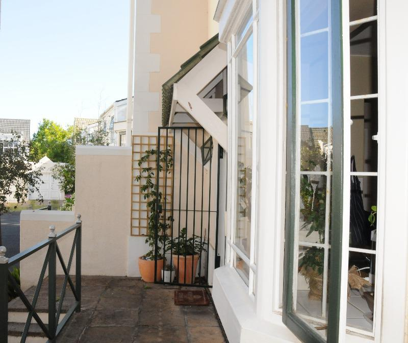 Property For Sale in Kenilworth, Cape Town 34