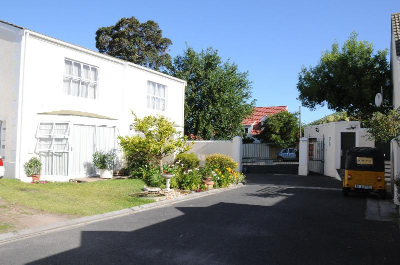 Property For Sale in Kenilworth, Cape Town 38