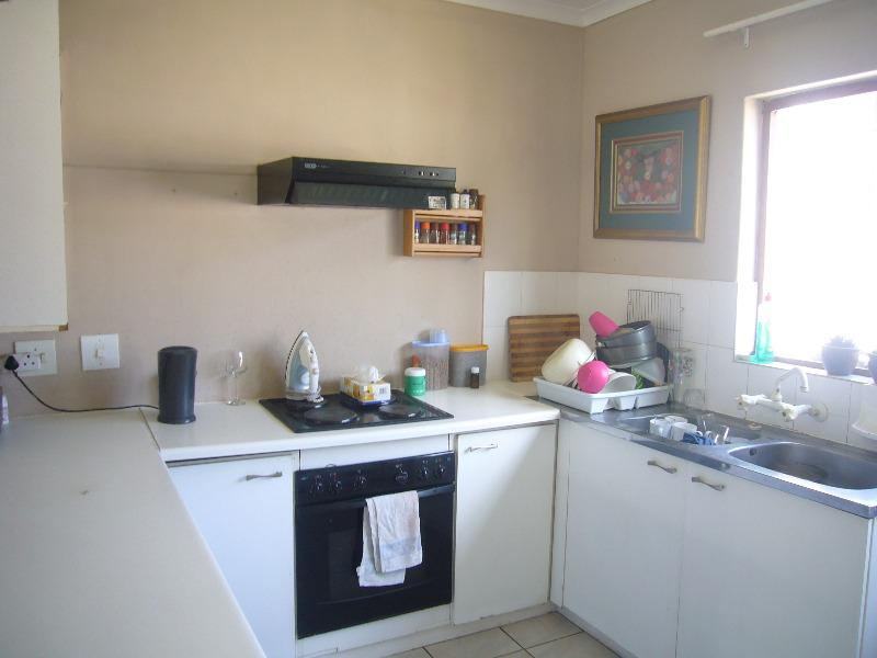 Property For Sale in Southfield, Cape Town 3