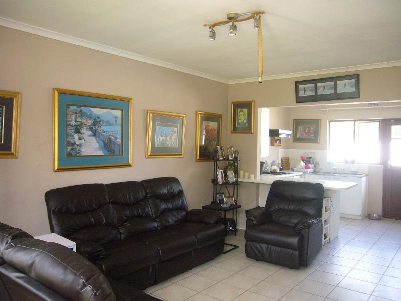 Property For Sale in Southfield, Cape Town 11