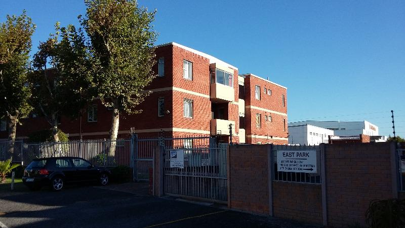 Property For Sale in Diep River, Cape Town 15