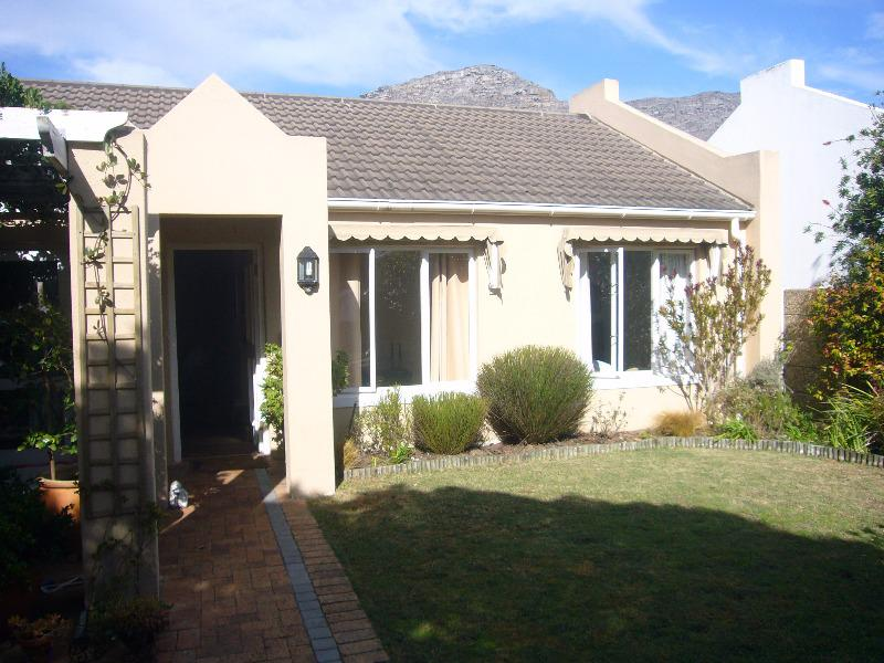 Property For Sale in Kleinwassenaar, Cape Town 9