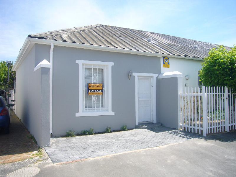 Property For Sale in Wynberg, Cape Town 1