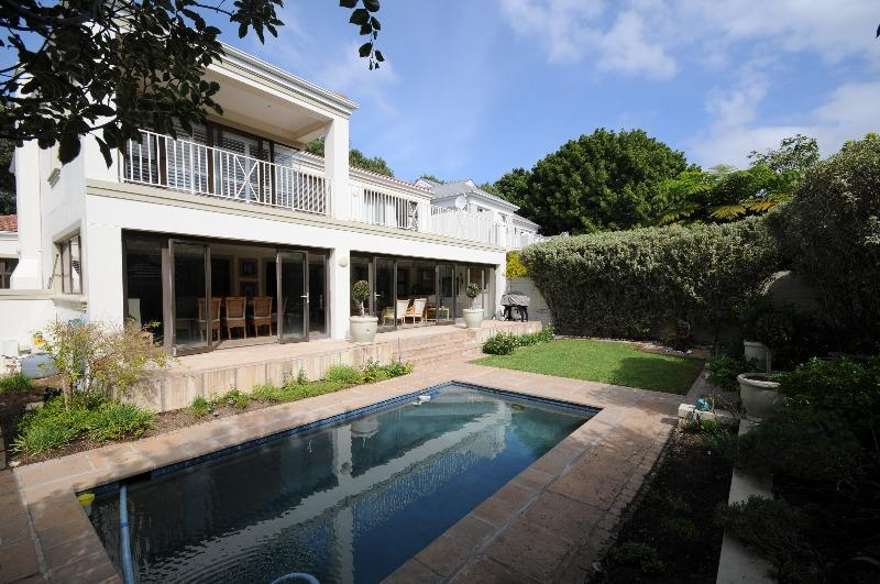 Property For Sale in Claremont Upper, Cape Town 1