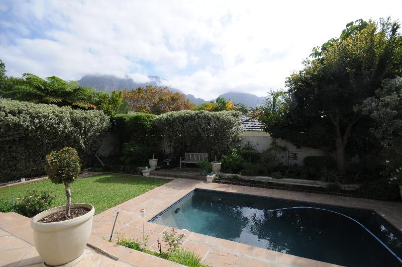 Property For Sale in Claremont Upper, Cape Town 22