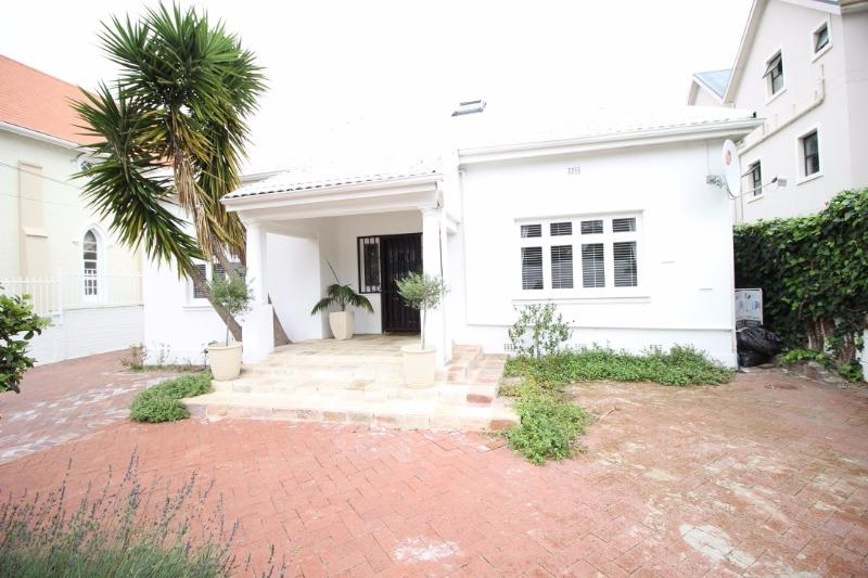 Property For Sale in Claremont, Cape Town 23