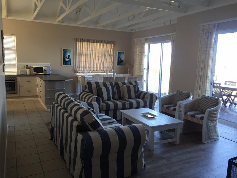 House For Sale in Pinnacle Point Golf Estate, Mossel Bay