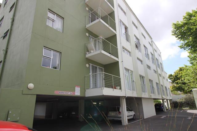 Property For Sale in Diep River, Cape Town 17
