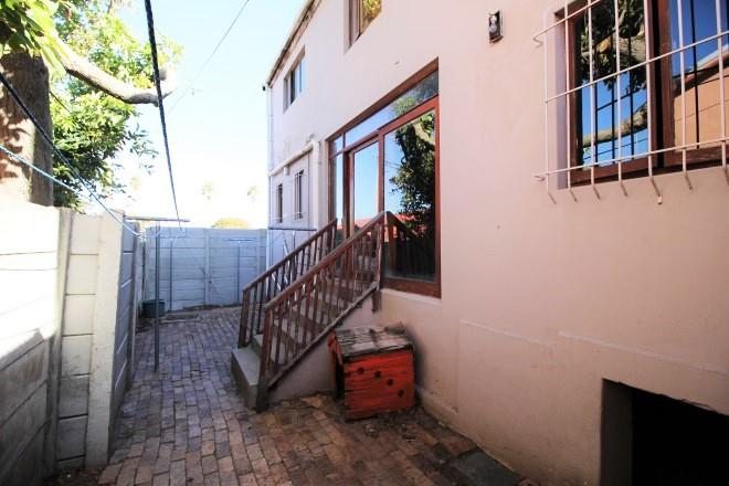 Property For Sale in Wynberg, Cape Town 13