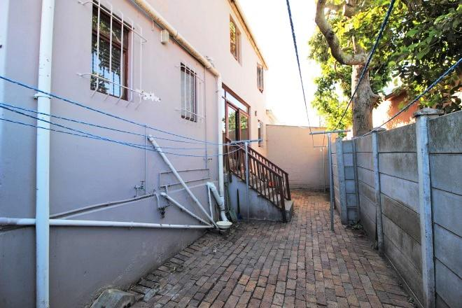 Property For Sale in Wynberg, Cape Town 14