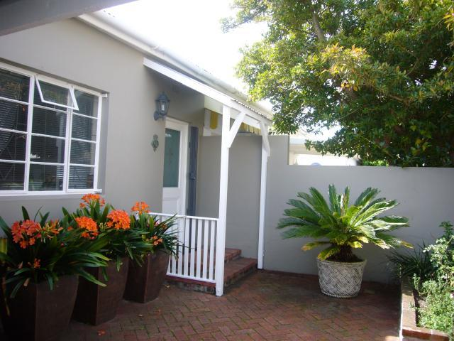 Property For Sale in Harfield Village, Cape Town 2