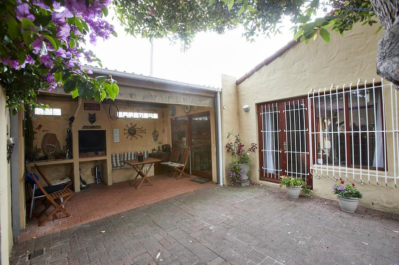 Property For Sale in Diep River, Cape Town 12