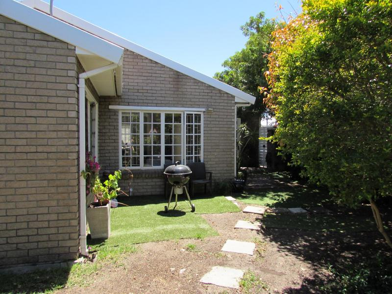 Property For Sale in Harfield Village, Cape Town 34