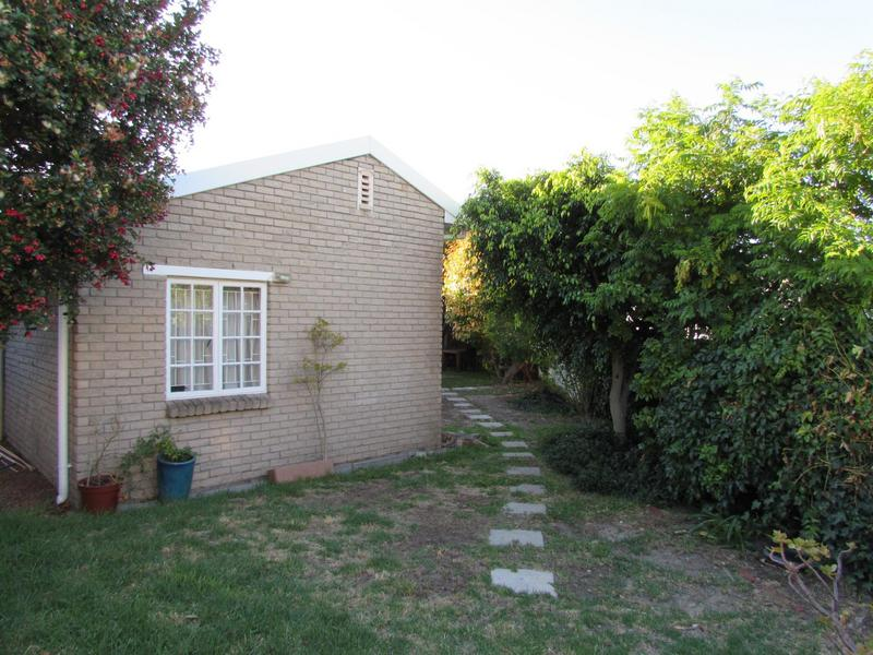 Property For Sale in Harfield Village, Cape Town 35