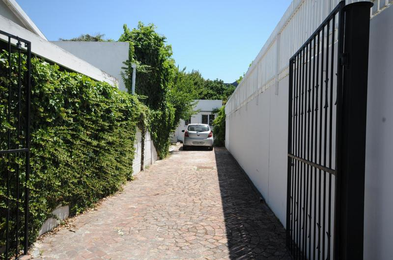 Property For Sale in Kenilworth, Cape Town 26