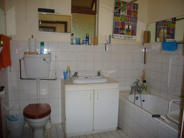 Property For Sale in Claremont, Cape Town 12