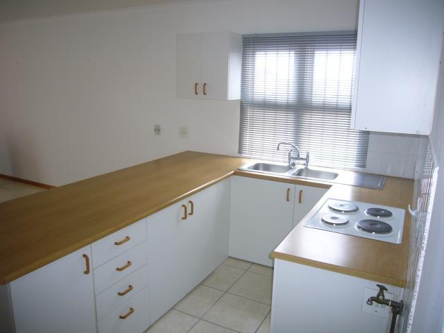 Apartment / Flat For Sale in Claremont, Cape Town