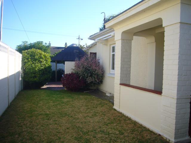 Property For Sale in Kenilworth, Cape Town 15