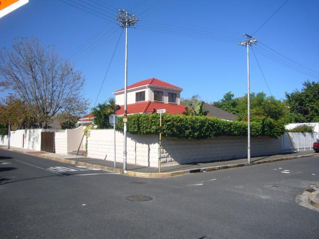 Property For Sale in Harfield Village, Cape Town 31