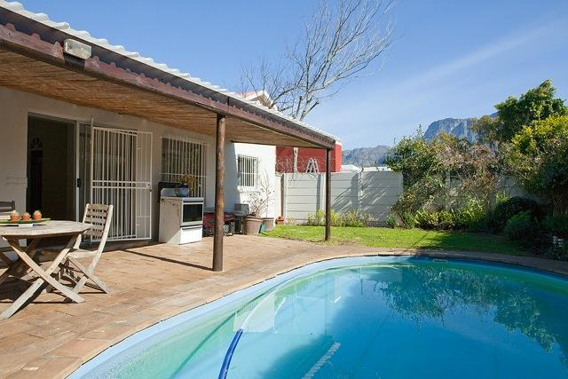 Property For Sale in Claremont, Cape Town 7