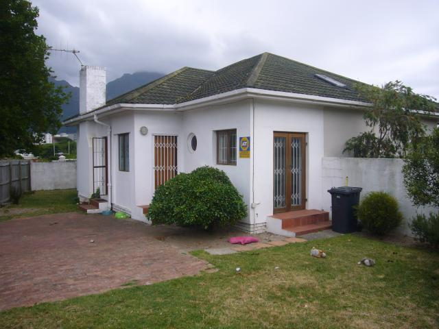 Property For Sale in Claremont, Cape Town 1