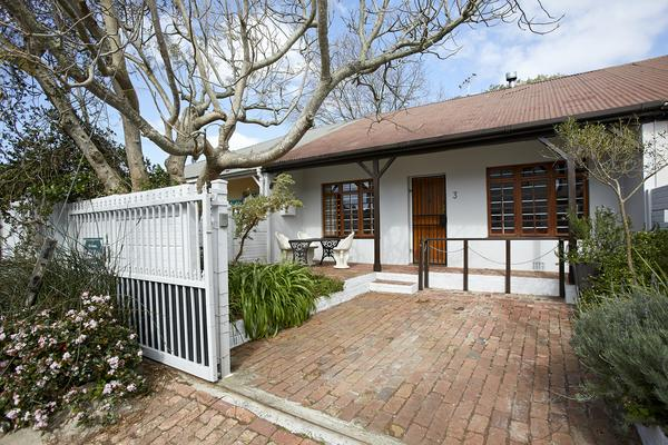 Property For Sale in Harfield Village, Cape Town