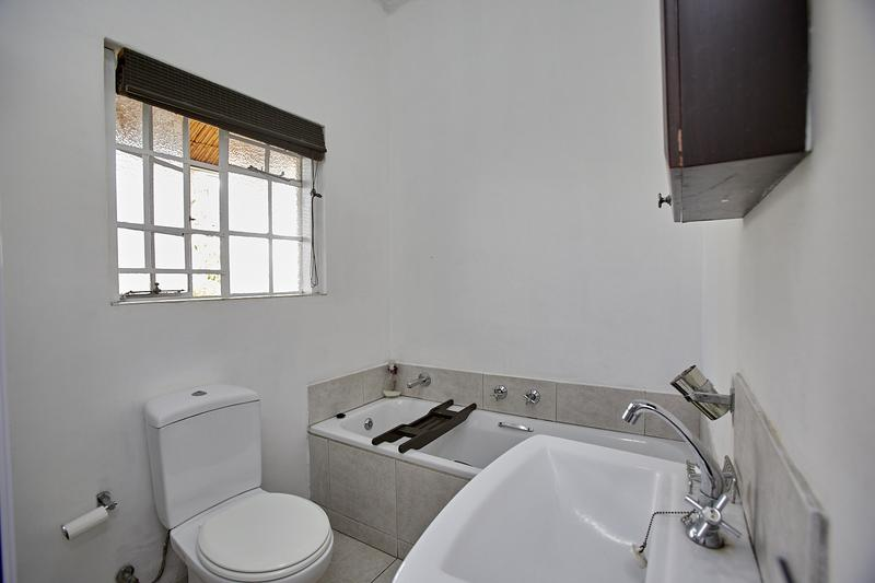 House For Sale in Harfield Village, Cape Town
