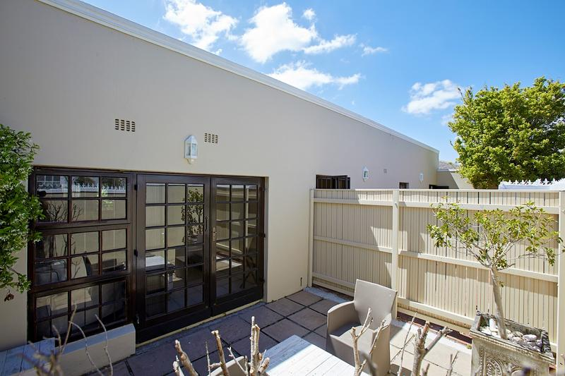 Property For Sale in Harfield Village, Cape Town 12