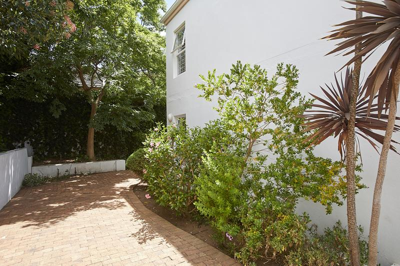 Property For Sale in Kenilworth Upper, Cape Town 19