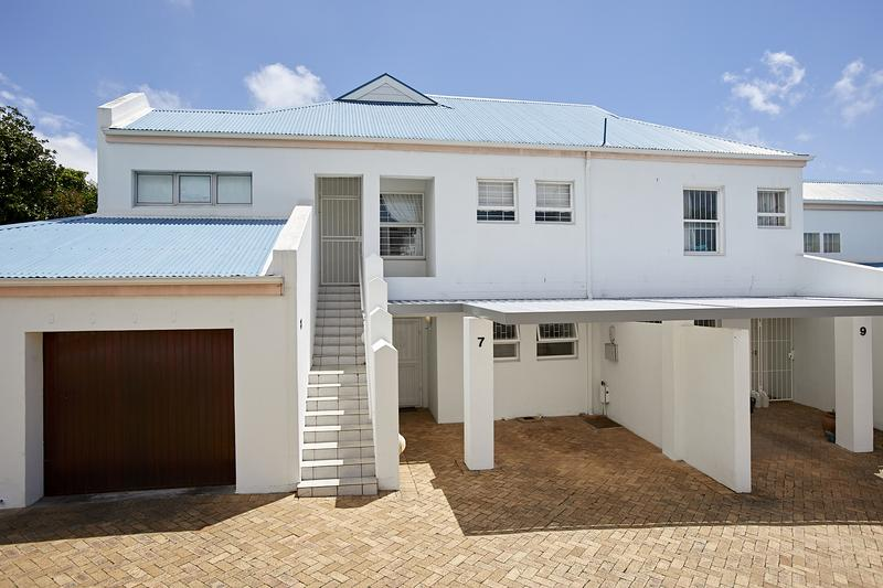 Property For Sale in Kenilworth Upper, Cape Town 24