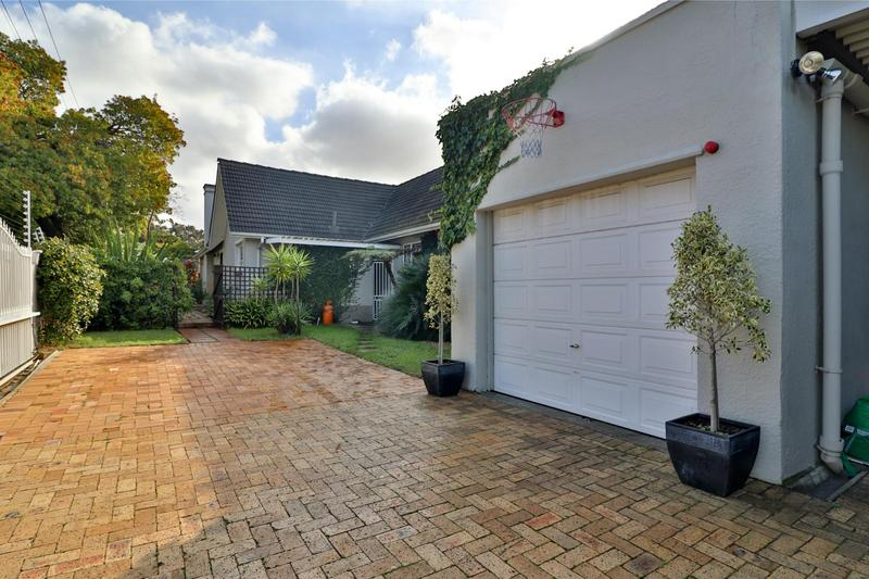 Property For Sale in Bergvliet, Cape Town 4