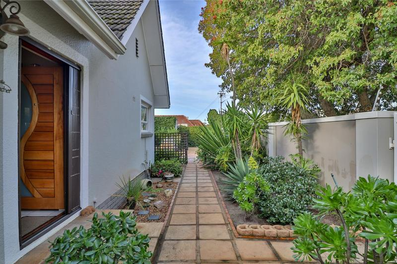 Property For Sale in Bergvliet, Cape Town 7