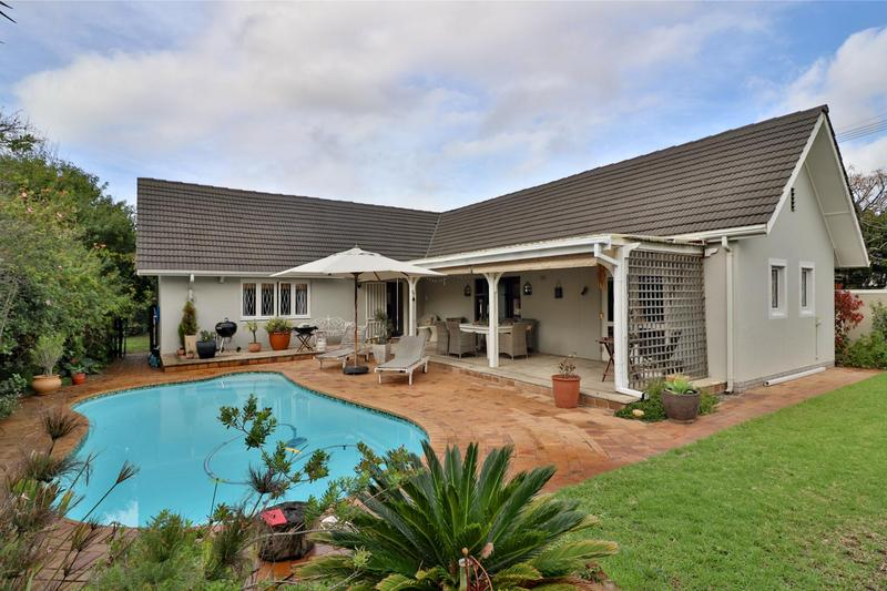 Property For Sale in Bergvliet, Cape Town 10