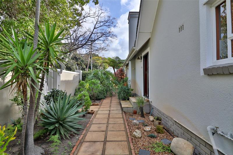 Property For Sale in Bergvliet, Cape Town 25
