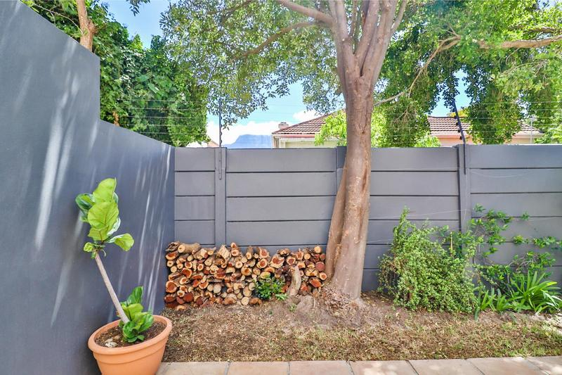 Property For Sale in Claremont, Cape Town 48