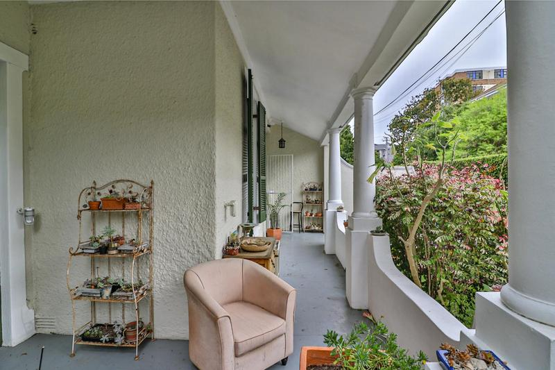 Property For Sale in Rondebosch, Cape Town 15