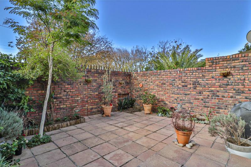 Property For Sale in Harfield Village, Cape Town 42