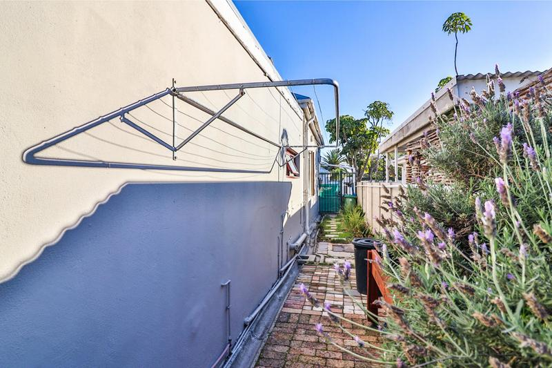 Property For Sale in Harfield Village, Cape Town 37