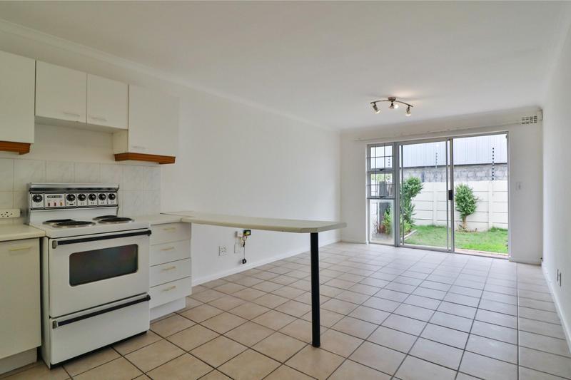 Property For Sale in Heathfield, Cape Town 4