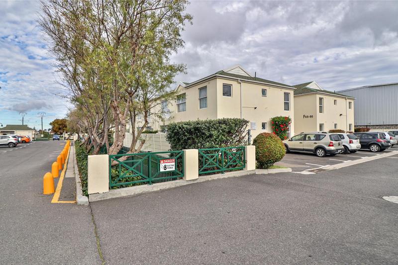Property For Sale in Heathfield, Cape Town 15